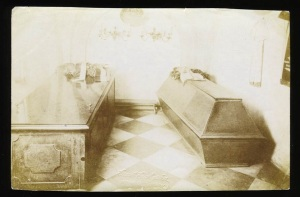 Early 1900s snapshot of coffin and casket, Bat Country Books, LLC flickr